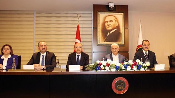 Başbakan Yıldırım GSO'da Sanayicileri Dinledi