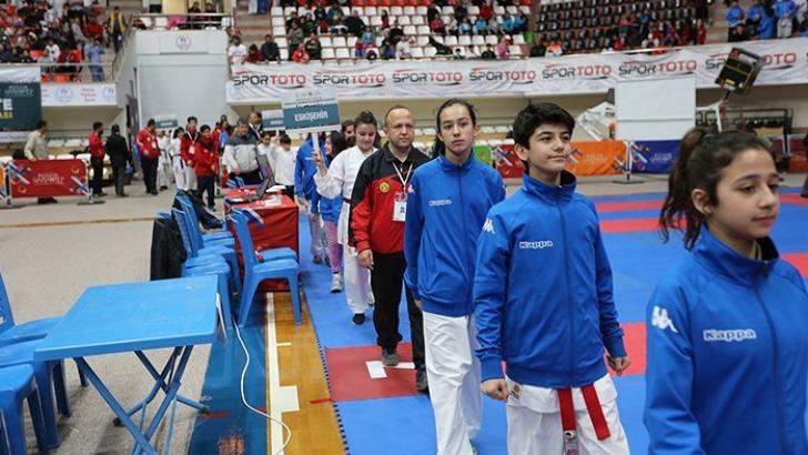 Karate Şampiyonasının açılışı yapıldı