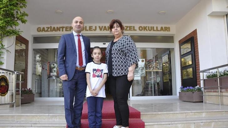 GKV'li Zeynep Moschini Resfebe Yarışması Birincisi