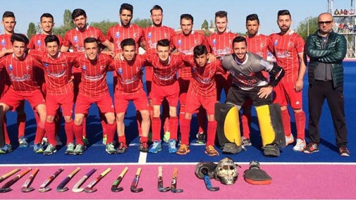 Hokeyde Türkiye'nin gururu Gaziantep Polisgücü Spor