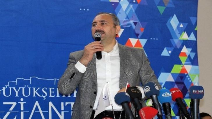 Abdulhamit Gül:Yapmak için geliyoruz