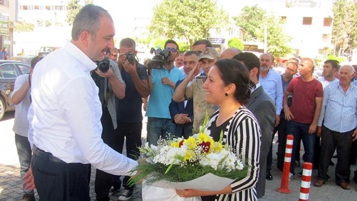 Bakan Gül'den Arabanlılara 24 Haziran teşekkürü