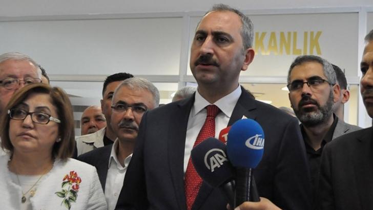 """Bakan Gül:""""4 bin FETÖ'cü yargıdan temizlendi"""""""