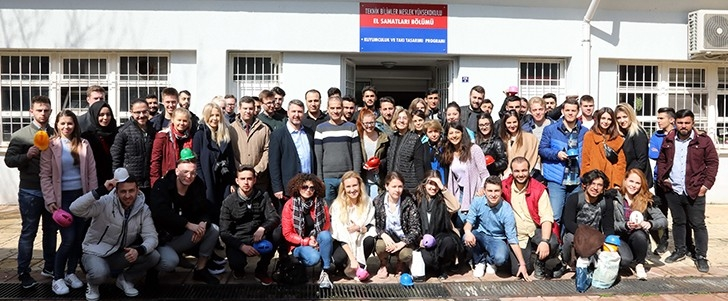 Yabancı uyruklu öğrenciler GAÜN'e hayran kaldı
