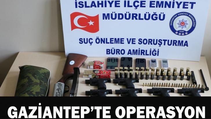 Bankaya sahte euro veren 6 kişi yakalandı