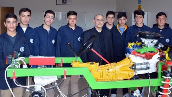 Geleceğin otomobil tasarımcıları için Ali Topçuoğlu Mesleki ve Teknik Anadolu Lisesi