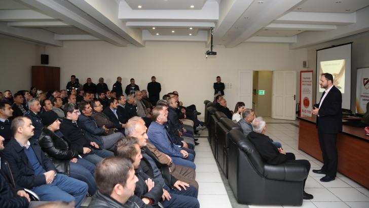 """""""PSİKOLOJİK DAYANIKLILIK"""" KONULU SEMİNER VERİLDİ"""
