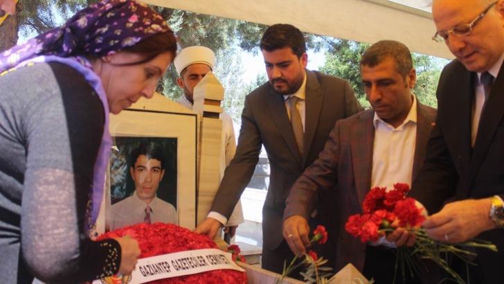 Gazeteci Bağcı Mezarı Başında Anıldı