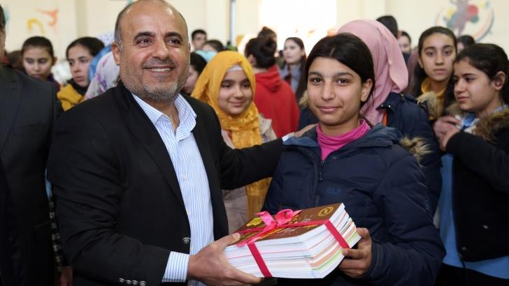 NTO Sponsorluğunda Kız Öğrencilere Kitap Dağıtımı Yapıldı